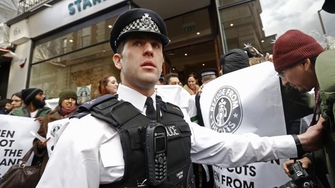 Nghi án né thuế của Starbucks khiến người tiêu dùng phẫn nộ