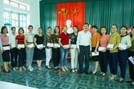 Sở Giáo dục và Đào tạo tỉnh Nghệ An hỗ trợ giáo viên và học sinh nghèo
