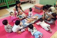 Giáo viên mầm non các trường tư thục, vừa được HĐND TP Đà Nẵng bổ sung đối tược hỗ trợ khó khăn do đại dịch Covid-19 (Ảnh: Báo Người Lao động)