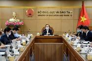 Bộ trưởng Nhạ chỉ đạo kích hoạt dạy học trực tuyến, lưu ý đảm bảo chất lượng