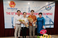 Hà Nội thưởng học sinh đoạt huy chương vàng quốc tế 20 triệu đồng