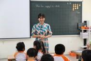 Cô giáo Nga, người mẹ hiền của những học sinh tự kỷ hòa nhập
