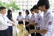 Thành phố Hồ Chí Minh đồng ý cho học sinh quay lại trường từ 1/3