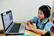 Tranh cãi việc có nên dạy trực tuyến cho học sinh tiểu học?
