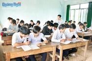 Coi kiểm tra, chấm bài học kỳ xin đừng tháo khoán và sính thành tích