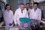 Nghiên cứu sinh Việt biến rác thải thành vật liệu có tính ứng dụng cao