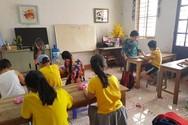 Cô giáo vượt lên số phận, truyền lửa đam mê tiếng Anh cho trẻ em cả một miền quê