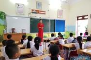 Giáo viên nào có thể bị xuống hạng dù đủ chứng chỉ?