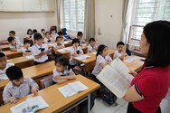 Giáo viên Hà Nội thắc mắc về bằng đại học lương trung cấp, thầy Bùi Nam trả lời