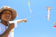Những cánh diều khẳng định chủ quyền biển đảo bay rợp trời Hội An