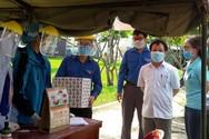Giám đốc Đại học Đà Nẵng đến động viên sinh viên tình nguyện chống giặc Covid-19