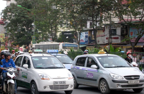 Nhiều hãng taxi không đồng tình với đề nghị gây sốt của Bộ GTVT