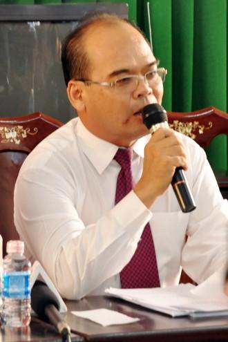 Thẩm phán Nguyễn Hòa Bình người giữa vai trò chủ tọa phiên tòa xét xử bà Trần Thúy Liễu.