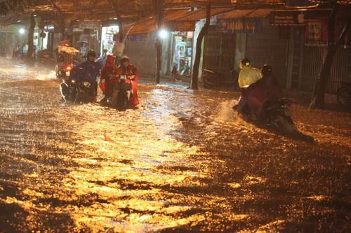 Miền Bắc sắp mưa dông, Hà Nội lại lo ngập, Tin tức trong ngày,