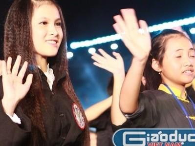 Chùm ảnh: Những cô gái tuyệt xinh trong lễ hội võ cổ truyền Bình Định