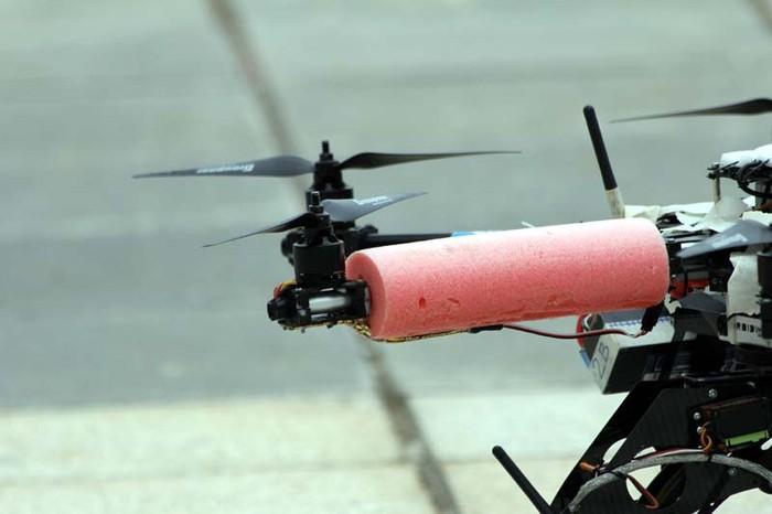 Cận cảnh 'máy bay' chuyên quay, chụp hoa hậu trên cao