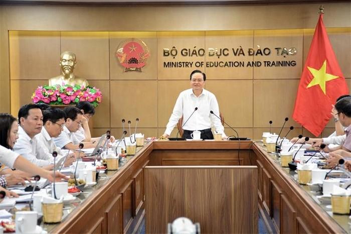 Bộ Giáo dục cùng chuyên gia họp bàn về kiểm định chất lượng giáo dục