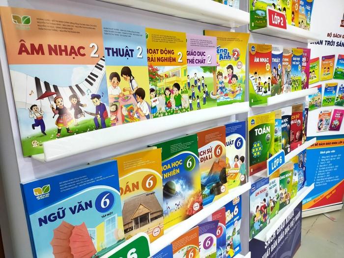 Hà Nội đã chọn xong sách giáo khoa lớp 2, lớp 6