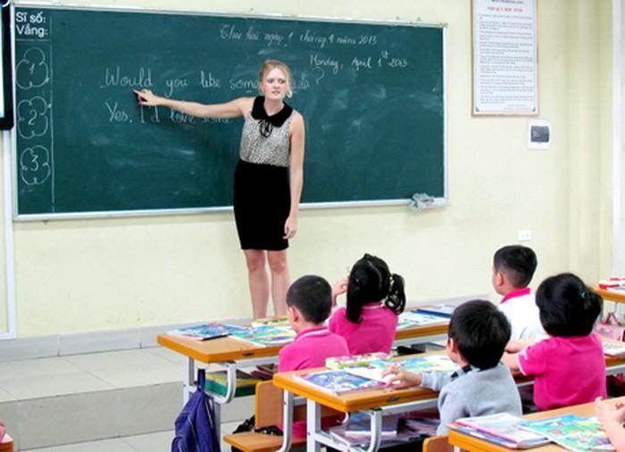 Các trường ở Nam Định sẽ có giáo viên người nước ngoài trực tiếp dạy tiếng Anh