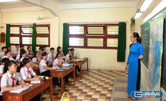 Công việc, bằng cấp giáo viên hạng II, III na ná nhau sao lương quá chênh lệch?