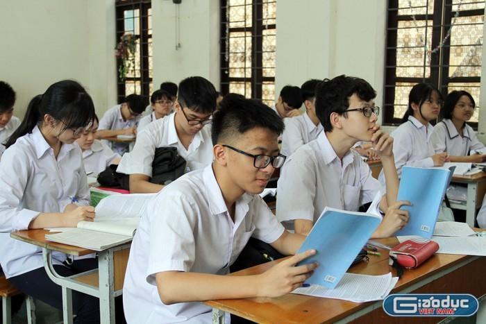 Muốn học thật, dạy thật trước hết phải loại bỏ các cuộc thi không thật, vô bổ