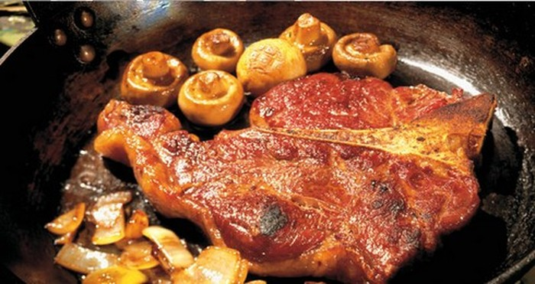 Ăn quá 2 bữa thịt rán/tuần, nguy cơ ung thư tuyến tiền liệt tăng 40%