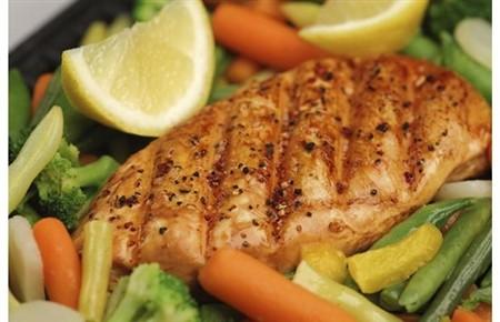 Bất ngờ 7 cách giảm cân với… thịt