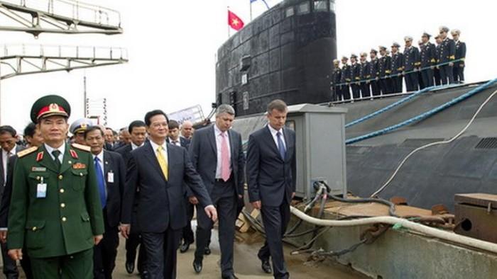 Tàu ngầm Kilo Việt Nam có tên lửa Club, mạnh hơn tàu ngầmTrung Quốc