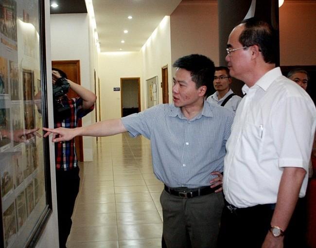 Chùm ảnh độc: PTT Nguyễn Thiện Nhân và GS Ngô Bảo Châu tại Viện Toán