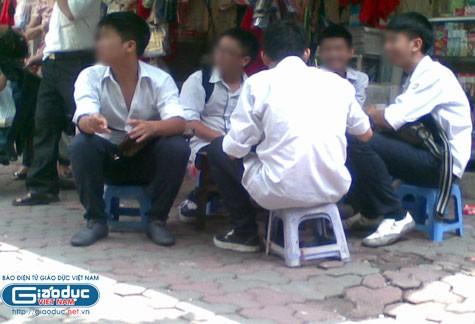 Hiệu trưởng Trường THPT Việt Đức: Sẽ kỷ luật học sinh văng tục