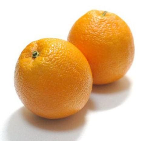 Phát hiện cam Trung Quốc nhuộm màu bắt mắt trước khi bán