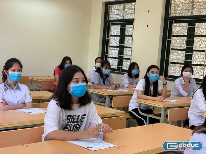 Chính phủ yêu cầu Bộ Giáo dục tổ chức kỳ thi tốt nghiệp phù hợp diễn biến dịch