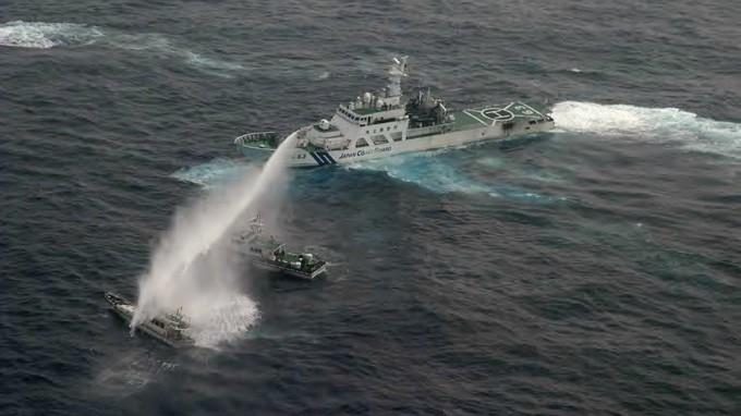 """Philippines kiện Trung Quốc:Để đừng bị """"được đằng chân lân đằng đầu"""""""