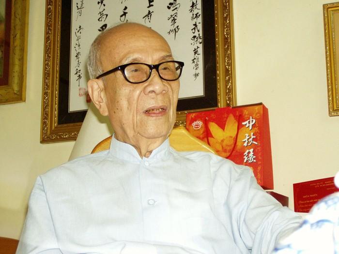 GS Vũ Khiêu: