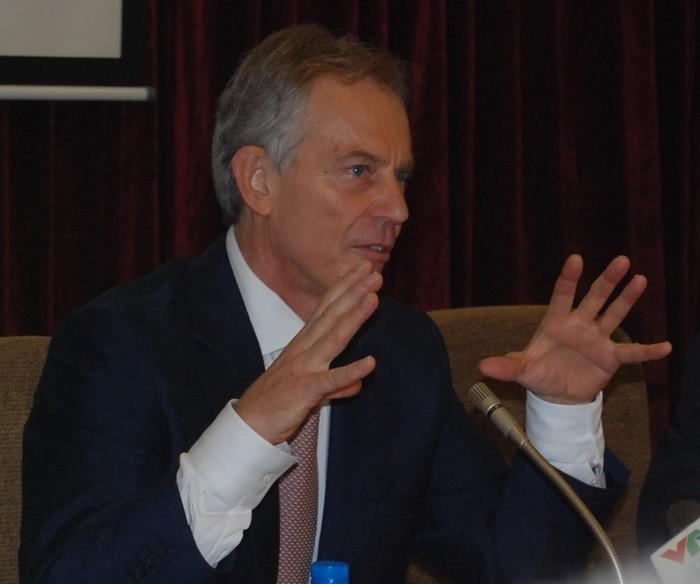 Cựu Thủ tướng Tony Blair chia sẻ thành công với sinh viên ngoại giao