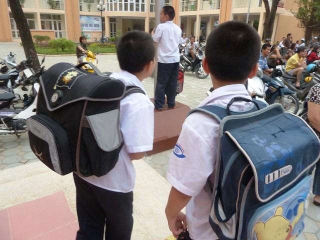 Nghịch lý ngành giáo dục: Học chính trở thành... học phụ