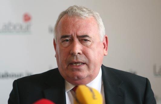 Bộ trưởng Joe Costello: Hy vọng nhiều SV Việt Nam học tập tại Ireland