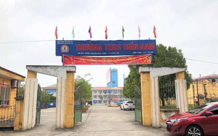 Tố cáo sai phạm, cô giáo trường Hiến Nam (Hưng Yên) bị khủng bố bằng mắm tôm
