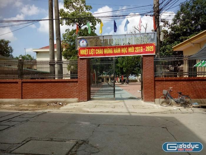 Sửa điểm cho học sinh, 27 giáo viên cấp 2 Ngư Lộc phải làm giải trình