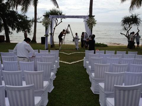 Quang cảnh toàn bộ tiệc cưới. Ảnh: D.D.