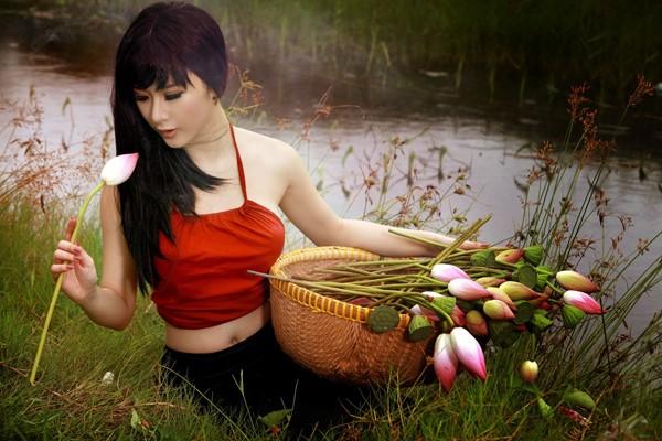 Bộ ảnh được thực hiện bởi stylist Thế Tài với chuyên gia trang điểm Bim.