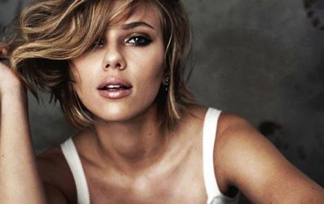 Scarlett Johansson lỡ nhiều vai diễn vì… quá sexy