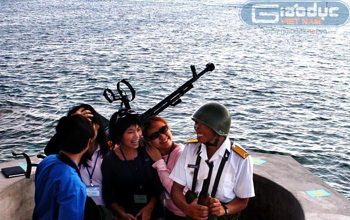 Biển Đông: Những bức hình nóng bỏng từ Trường Sa