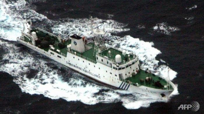 18 tàu Hải giám Trung Quốc đang bủa vây Philippines trên Biển Đông