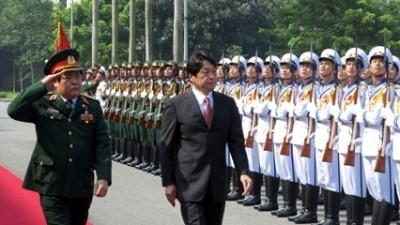 Cam Ranh và Subic cũng khó ngăn nổi Trung Quốc bành trướng Biển Đông