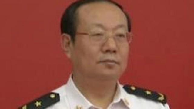 Trung Quốc làm 'đám ma to' cho tướng Hải quân dẹp tin nhảy lầu