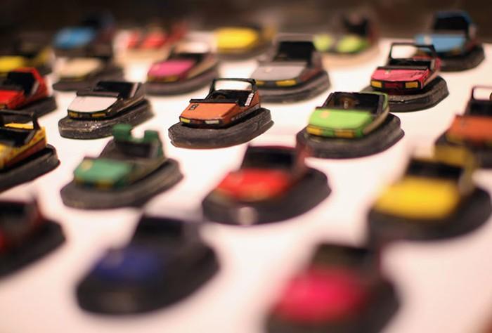 Tác phẩm nghệ thuật của tác giả Uwe Breckner tại Viện bảo tàng Everything ở London, Anh.