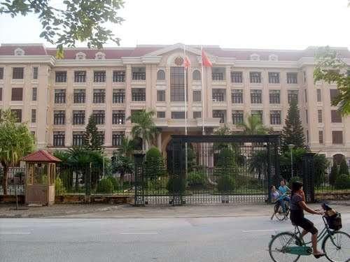 Chánh Văn phòng UBND Nam Định tức giận vì tỉnh nhà bị