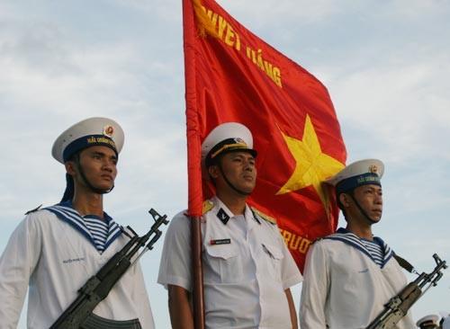 Nữ sinh Quảng Bình và lá thư cảm động gửi chiến sĩ Trường Sa