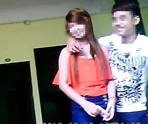 Chùm ảnh: Cận cảnh buổi tuyển lựa gái mại dâm tại
